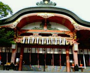 伏見稲荷大社拝殿