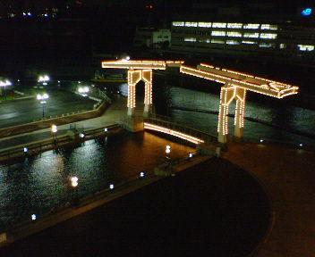 神戸新聞松方ホール・ベランダから見た風景(夜景)