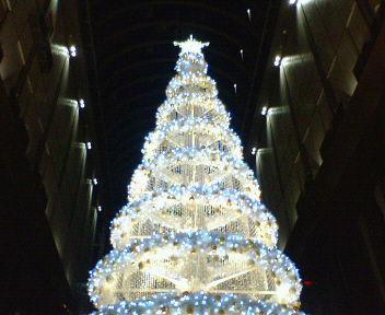 茶屋町アプローズのクリスマス