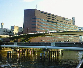 大阪・京橋(2)