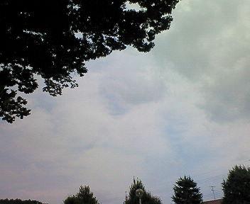 梅雨明けらしい ただし京都市左京区は薄曇り