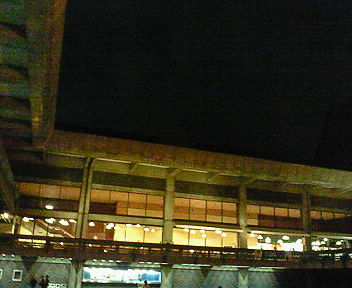 夜の京都会館  2