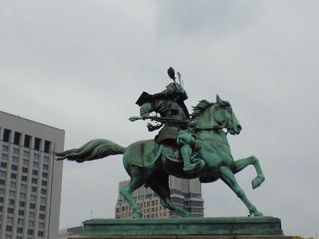 楠木正成公銅像
