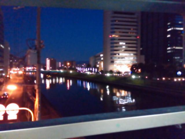 大阪・京橋にて