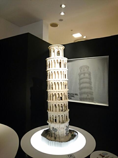 LEGOブロックで作った世界遺産 ピサの斜塔