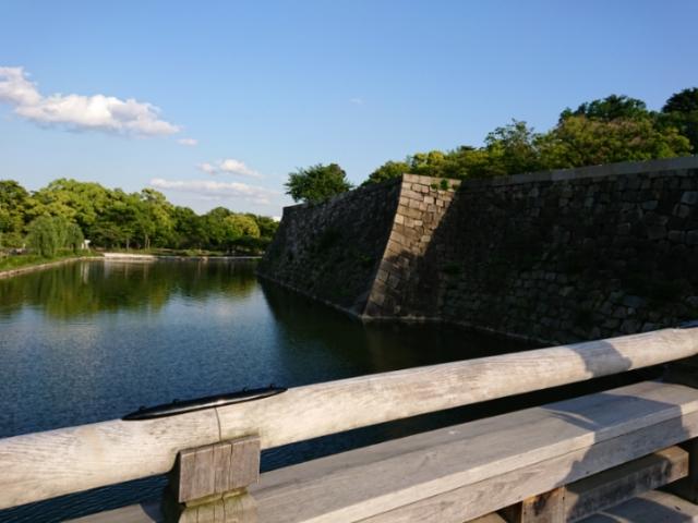 極楽橋から見た大阪城高石垣