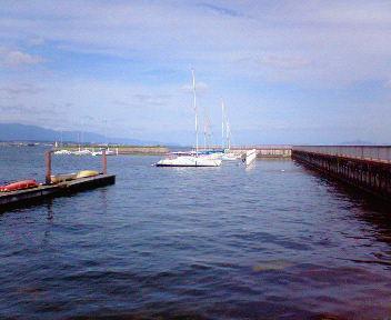 琵琶湖・秋のヨットハーバー