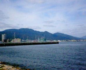 琵琶湖から見た比叡山