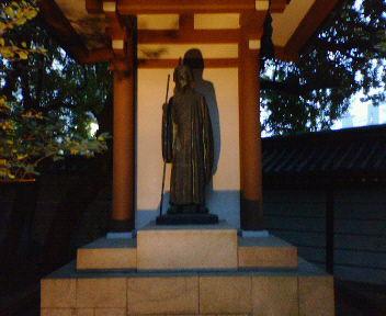 湊川神社・徳川光圀公像