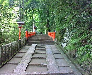 鞍馬寺 九十九折りの坂(2)