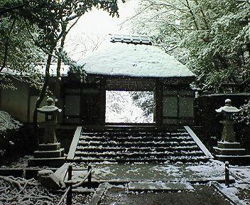 雪の法然院