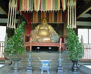 黄檗山萬福寺 天王殿の弥勒菩薩