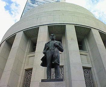 五代友厚と大阪証券取引所