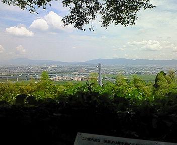石清水八幡宮展望台から伏見方面を望む