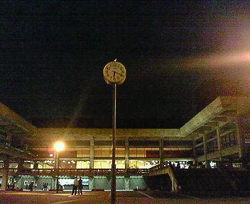 夜の京都会館