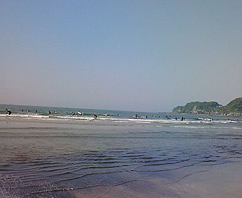 鎌倉・由比ヶ浜の海2