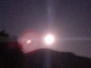 瓜生山上の十六夜月2