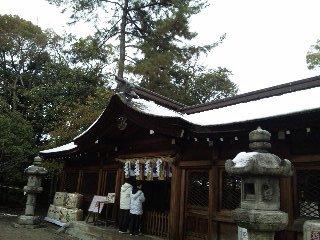初詣 雪の豊国神社本殿