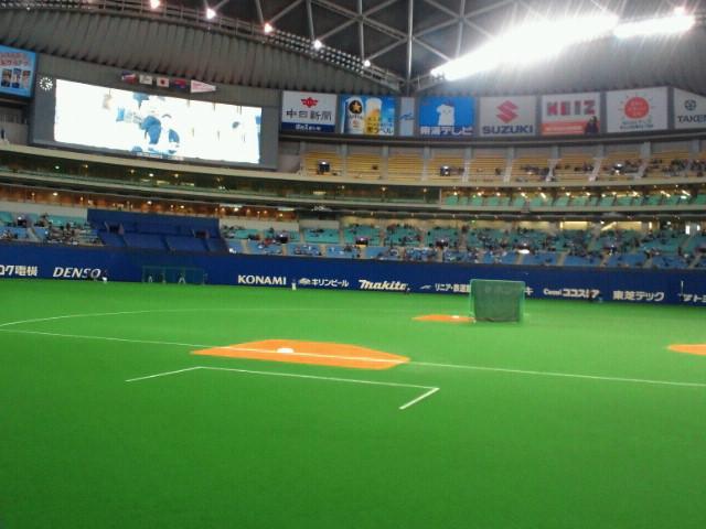 プロ野球セントラルリーグ公式戦中日ドラゴンズ対東京ヤクルトスワローズ