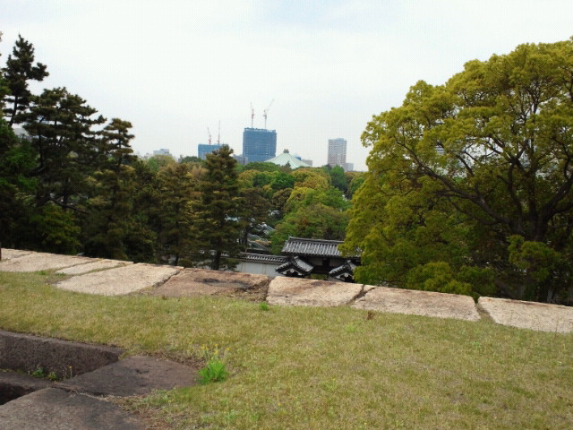 江戸城天守台上からの眺め