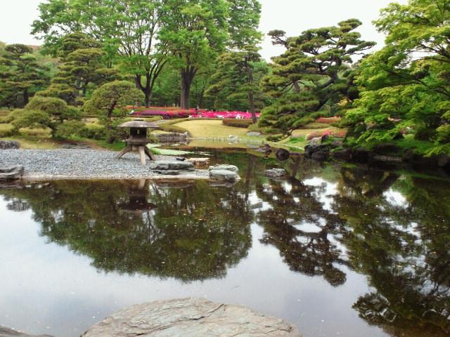 江戸城二の丸庭園遠景