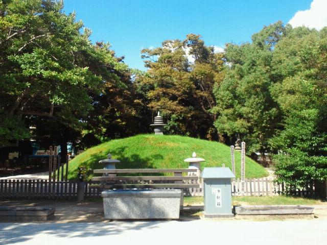 広島平和記念公園・原爆供養塔