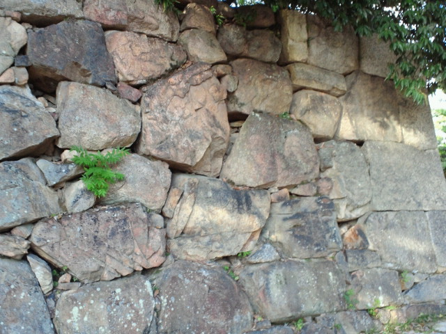 広島城本丸中御門跡石垣