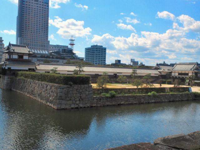 広島城本丸から見た二の丸
