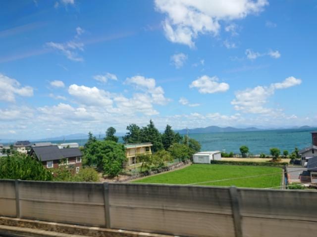 特急サンダーバードから見た琵琶湖